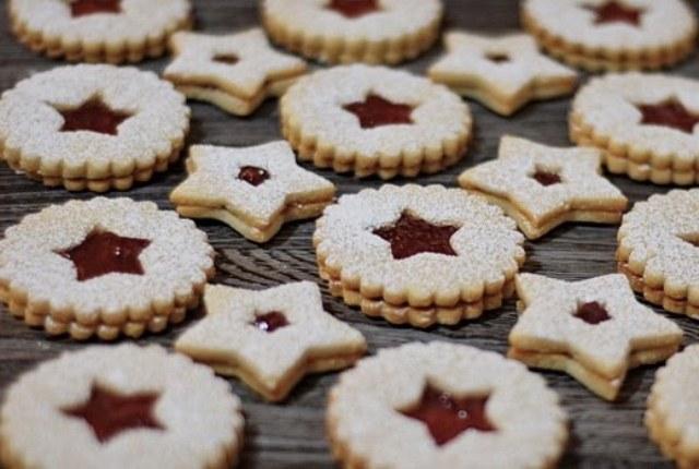 linzer_cookies