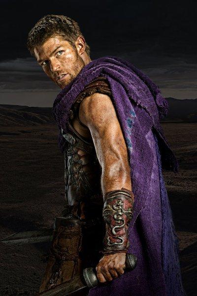 Лиъм Макинтайър като Спартак