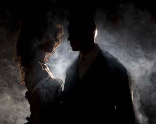 couple-in-dark